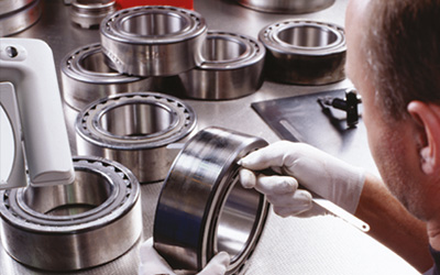 Ideal bearings for cost-optimised operation of continuous casting machines